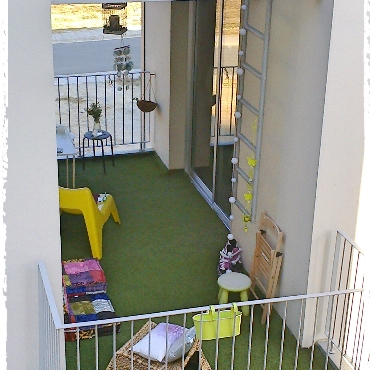 Indalo accommodation nicosia for Balcony nicosia